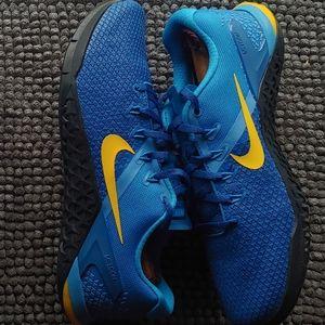 New men's Nike metcon 4